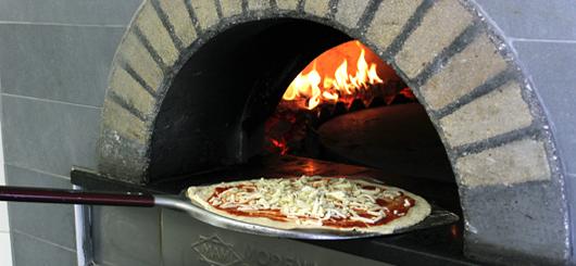 Infornatura della pizza